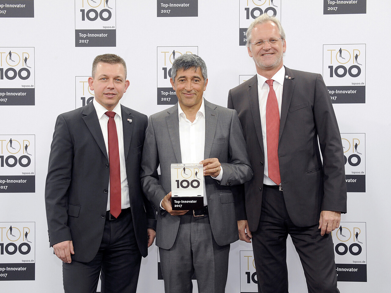 TOP100: Dr. Metz (Head of global engeering), Ranga Yogeshwar & Stefen Walter (COO)